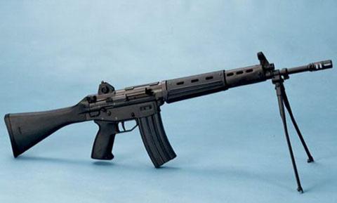 豊和工業 89式小銃 豊和工業 89式小銃